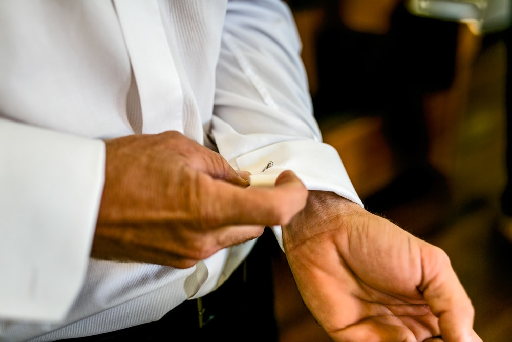 groom cuff links Brisbane wedding (46)