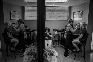 wedding photographers near la crosse wi {mirror pictures}