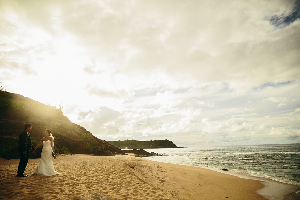 Wedding photo Hawaii Beach Sunset