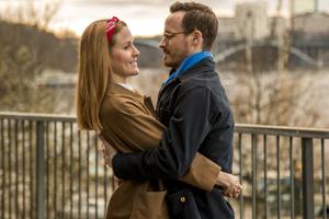 Engagement Photographer Sweden couple in park