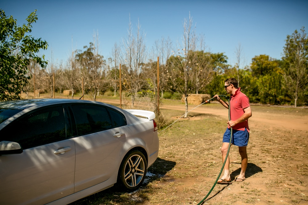 groom  washing car Brisbane wedding (3)