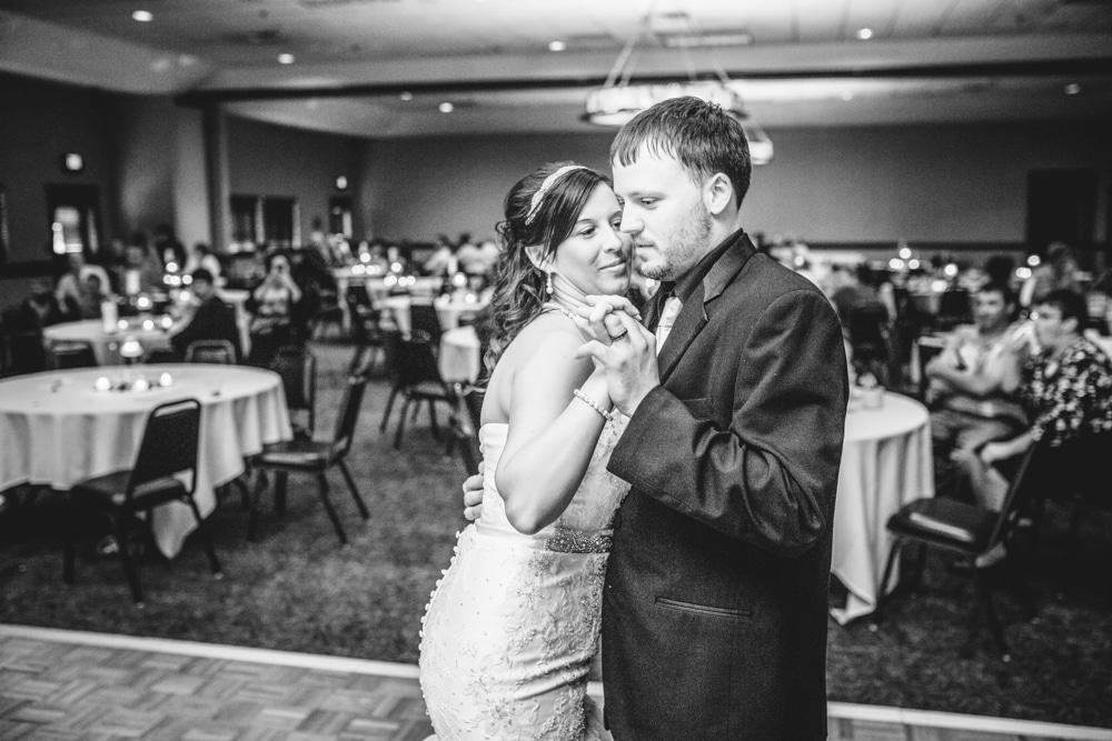 Onalaska0034 Wedding Photography