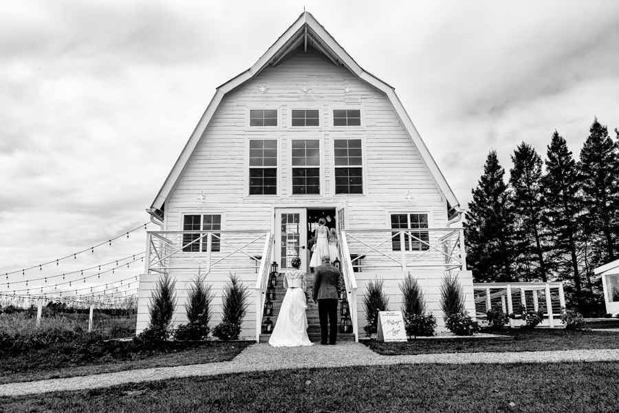 Barn Wedding Venues Minneapolis
